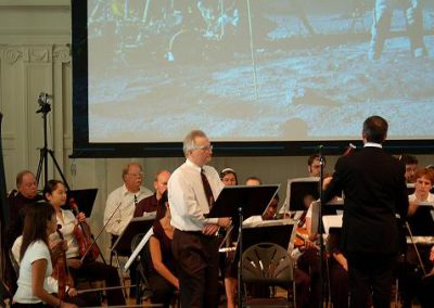 CSSS' Jim Plaxco providing narration to the Blast Off concert - performed by the Music Institute of Chicago Orchestra - Sept. 2007